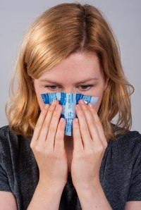 Icing a Nosebleed with Medichill Cool Cubes | Physical Sports First AId
