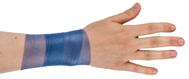 Foam underwrap applied to a wrist